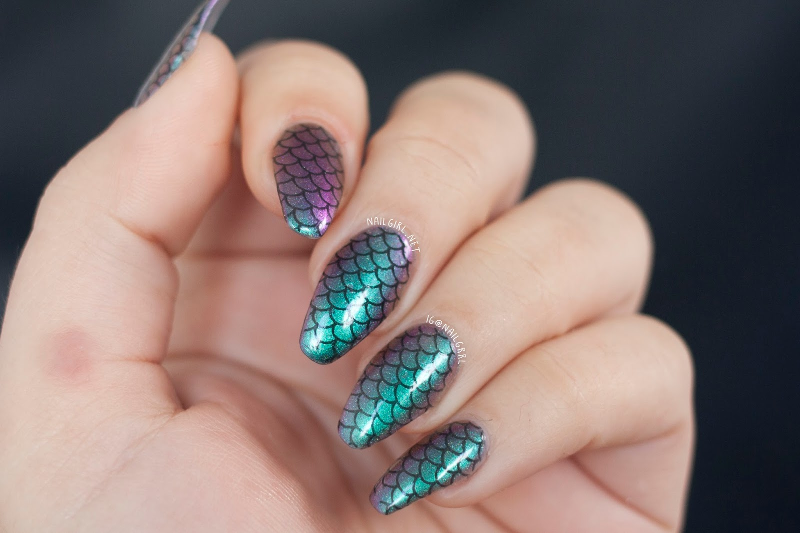 nail girl nail art mermaid nails