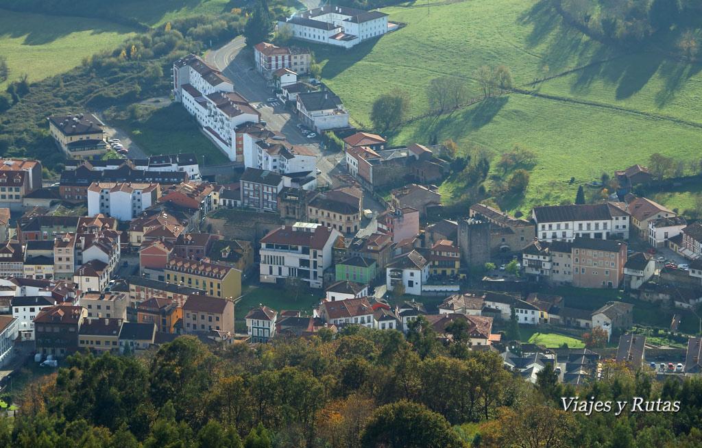 Vistas de Salas desde el Santuario de la Virgen de la Asunción del Viso,