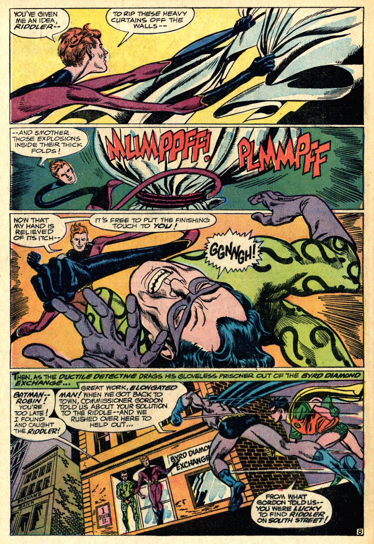 Detective Comics (1937) 373 Page 31