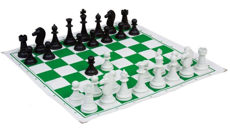 98c1ec4fd5 20 Tabuleiros de xadrez com peças em plástico