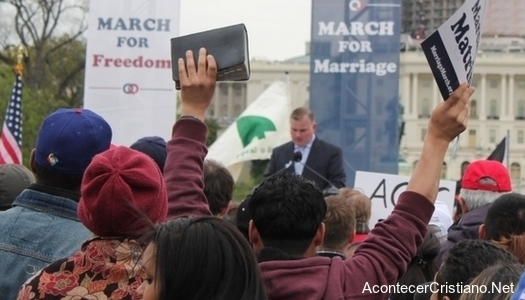 Manifestación a favor del matrimonio tradicional