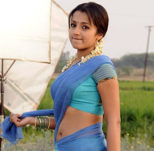 Trisha Krishnan Sexy Abs Navel Show in Saree in Something something