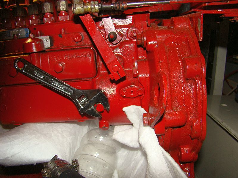The Trawler Beach House: Ford Lehman Diesel Oil And Filter