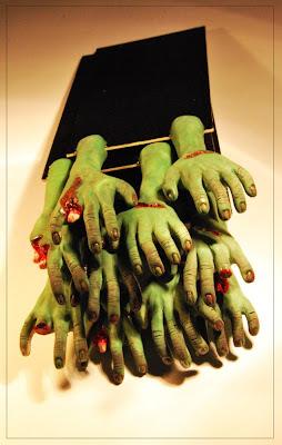 un'orda di Zombie-segnalibri