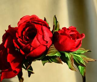 Silk roses hair
