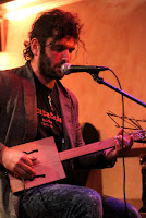 http://musicaengalego.blogspot.com.es/2015/12/fotos-serexs-de-vigo-en-la-pecera.html