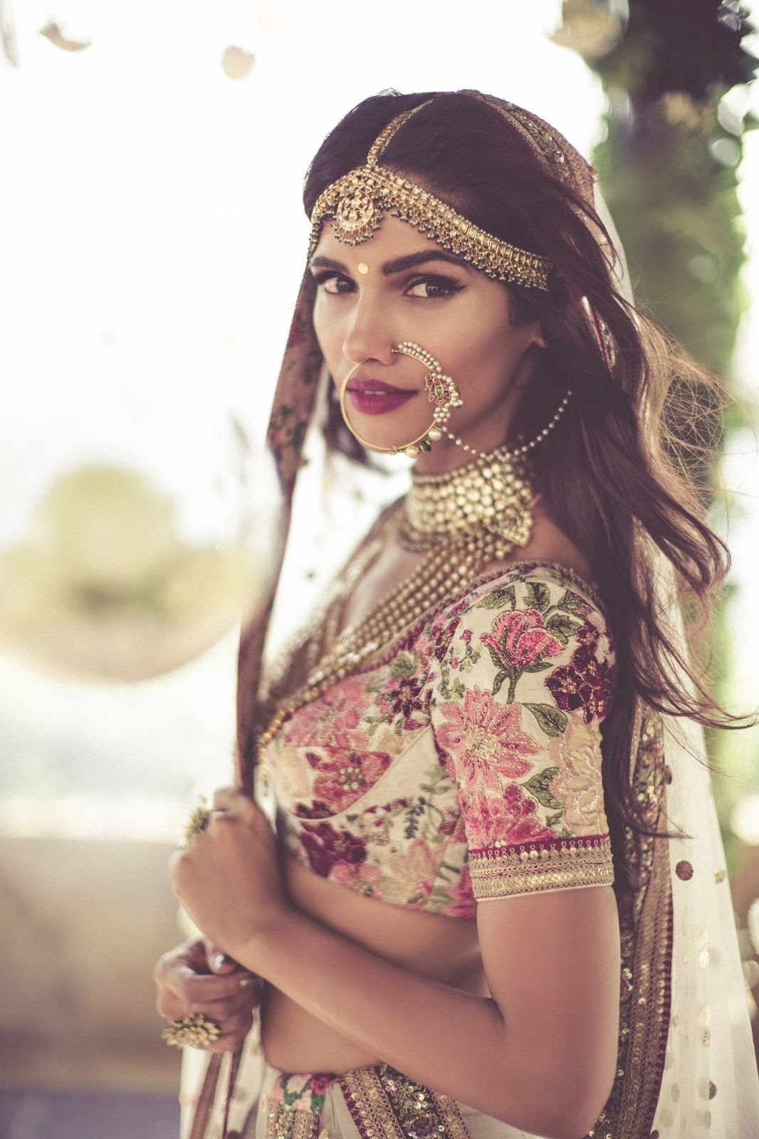 Guilty bytes indian fashion blogger delhi style blog beauty the wedding season is almost around the corner and with this comes the 4 th edition of vogue wedding show at taj palace hotel in new delhi junglespirit Image collections