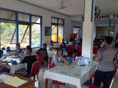 Kurang Koordinasi, Paskibra MTB Makan di Rumah Makan