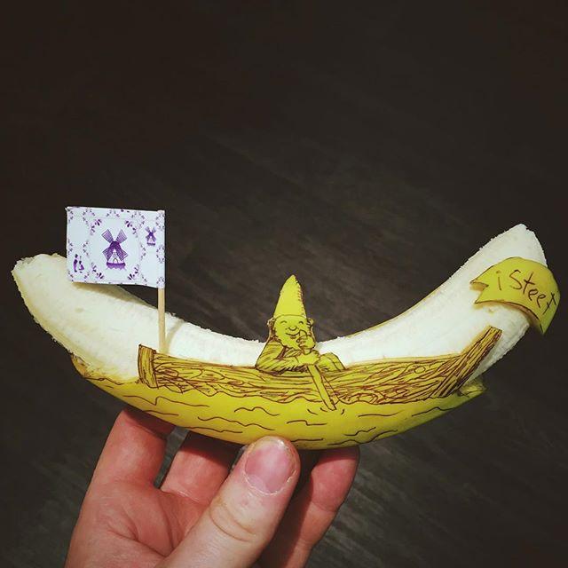 lukisan media pisang paling kreatif unik lucu dan menakjubkan-15