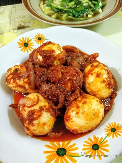 cooking sahur, masak simple telur goreng pun sedap
