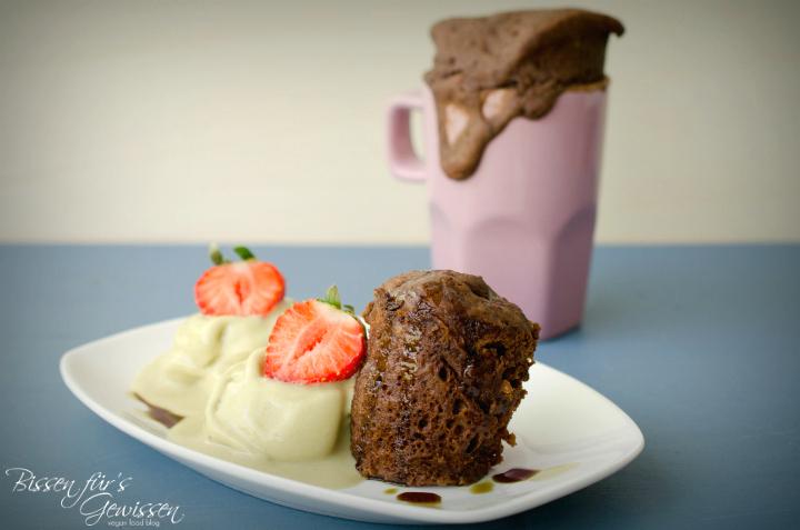rezept veganer tassenkuchen mit k rbiskern l und nicecream besuch bei frank 39 s naturprodukte. Black Bedroom Furniture Sets. Home Design Ideas
