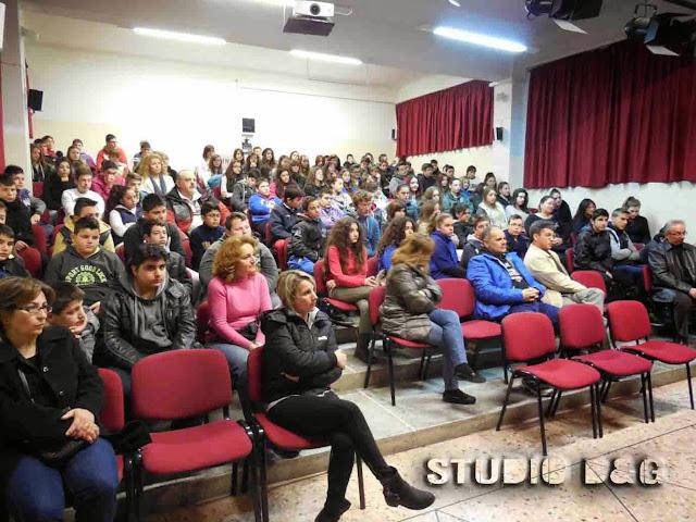 Τακτική συνέλευση του Συλλόγου Γονέων και κηδεμόνων Γυμνασίου Αγ.Τριάδας