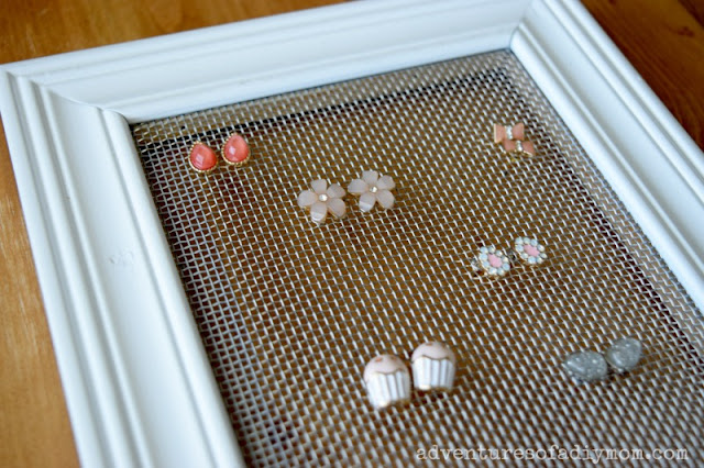 jewelry organizer earring display