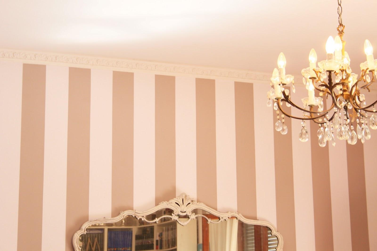 Pareti A Strisce Shabby : Colori pareti soggiorno shabby chic shabby chic lampadario da