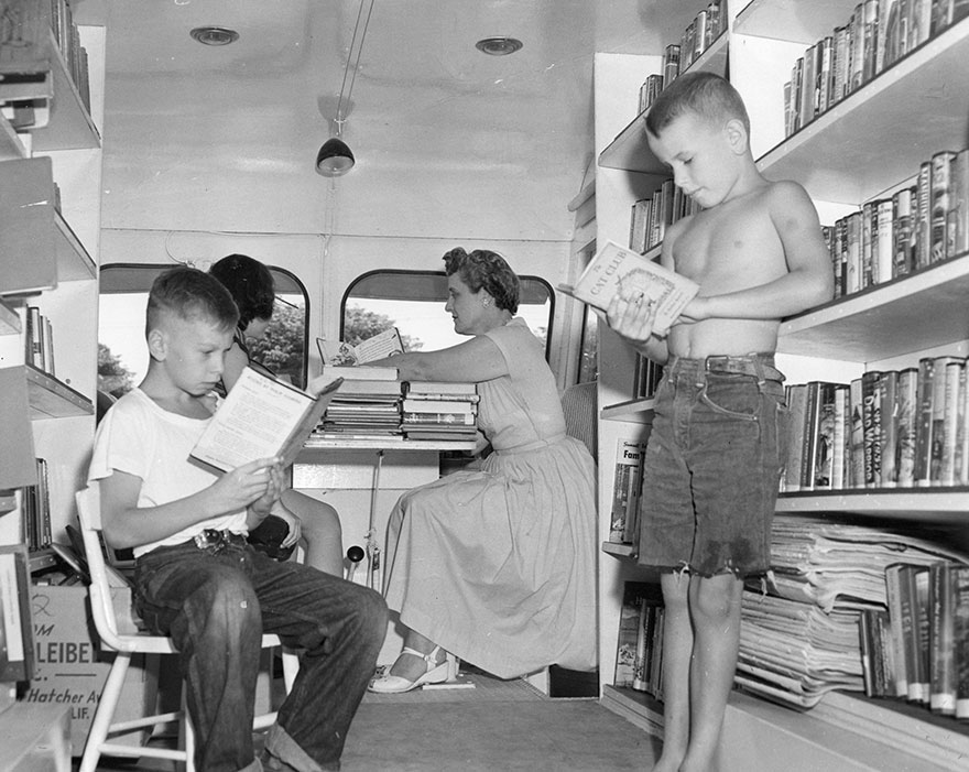 Before Amazon, We Had Bookmobiles 15+ Rare Photos Of Libraries-On-Wheels - Craig Medvigny (left) And David Sutton Enjoying A Book; Eleanor Mann Substitute Traveling Branch Librarian, C. 1920s