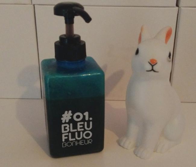 http://jarrete-demain.blogspot.com/2017/06/shampoing-maison-recette.html