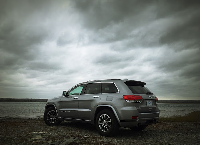 2015 jeep grand cherokee ecodiesel overland 4x4 review an suv acting like an suv should good. Black Bedroom Furniture Sets. Home Design Ideas