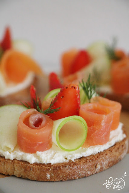 Tartines Croquantes Fromage Frais Saumon Pomme Granny Smith Fraise Aneth