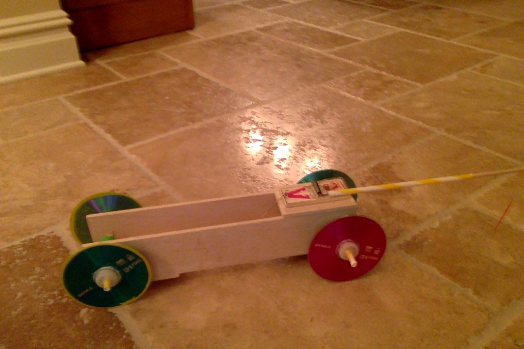 how to build a simple mousetrap car