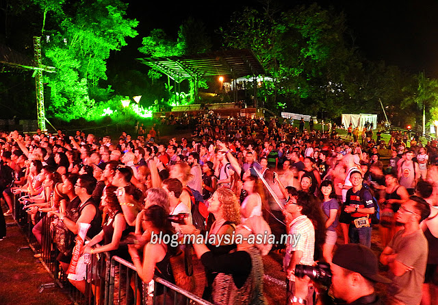 Rainforest Music Festival Crowd 2015