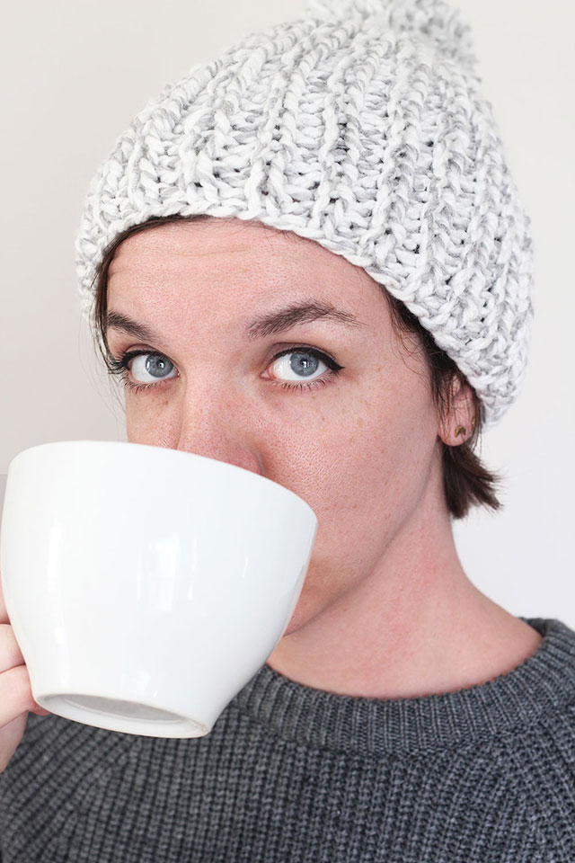 An easy, quick knitted hat tutorial