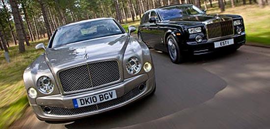 Rolls Royce Phantom Vs Bentley Mulsanne 2017