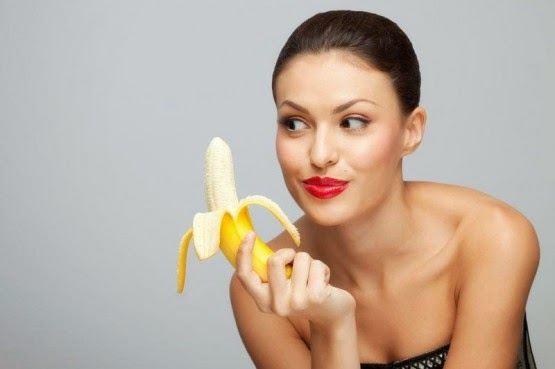 banana-shaped-breasts-pictures
