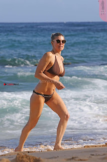 Fergiein-Bikini-2017--16+%7E+SexyCelebs.in+Exclusive+Celebrities+Galleries.jpg