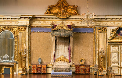 color image Versailles room model replicated by G. S. Stuart