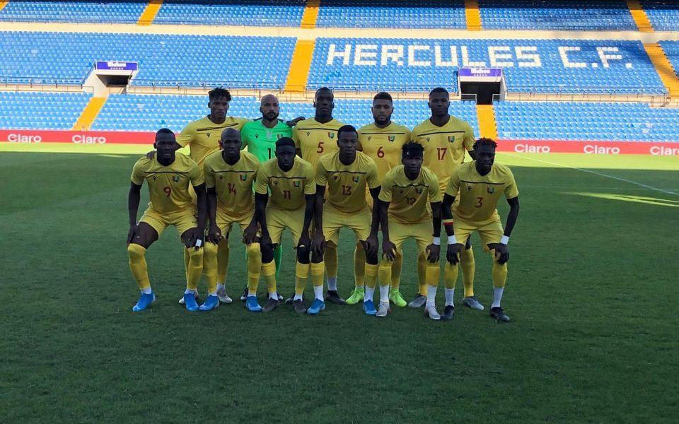 Formación de Guinea ante Chile, amistoso disputado el 15 de octubre de 2019