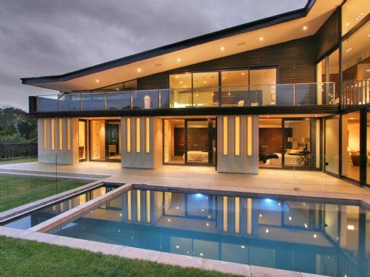 Home Interior Design Modern Glass House Frames Luxurious Features
