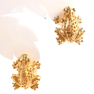 https://www.kcavintagegems.uk/vintage-mimi-di-n-gold-frog-designer-earrings-6267-p.asp