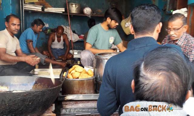 Bajpayee-Kachodi-Bhandar-Lucknow