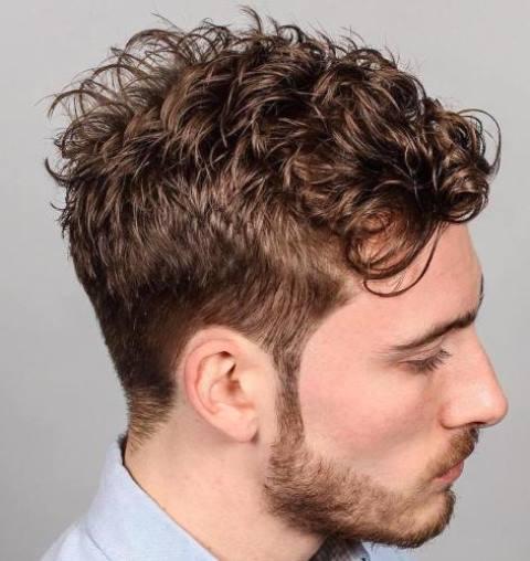 Gaya Rambut Keriting Acak