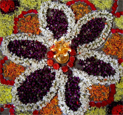 diwali-rangoli-designs-with-flowers