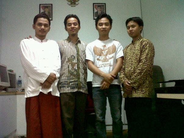 Mengonlinekan Yayasan Nurul Maiyyah Indonesia