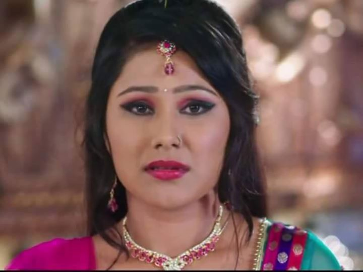 Bhojpuri actress Priyanka Pandit Upcoming Movies List 2016 to 2018 Mt Wiki, Jodi No.1  wikipedia, koimoi, imdb, facebook, twitter news, photos, poster, actress updates