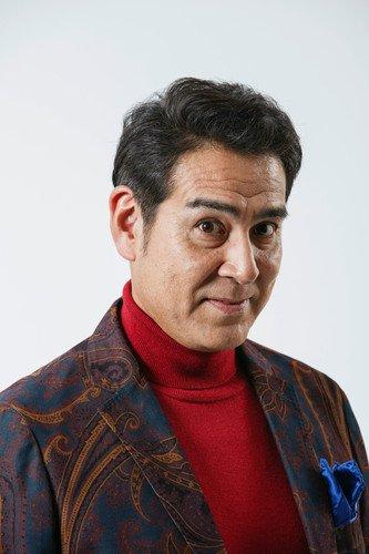 Takashi Ukaji sebagai Keizō Kuwata