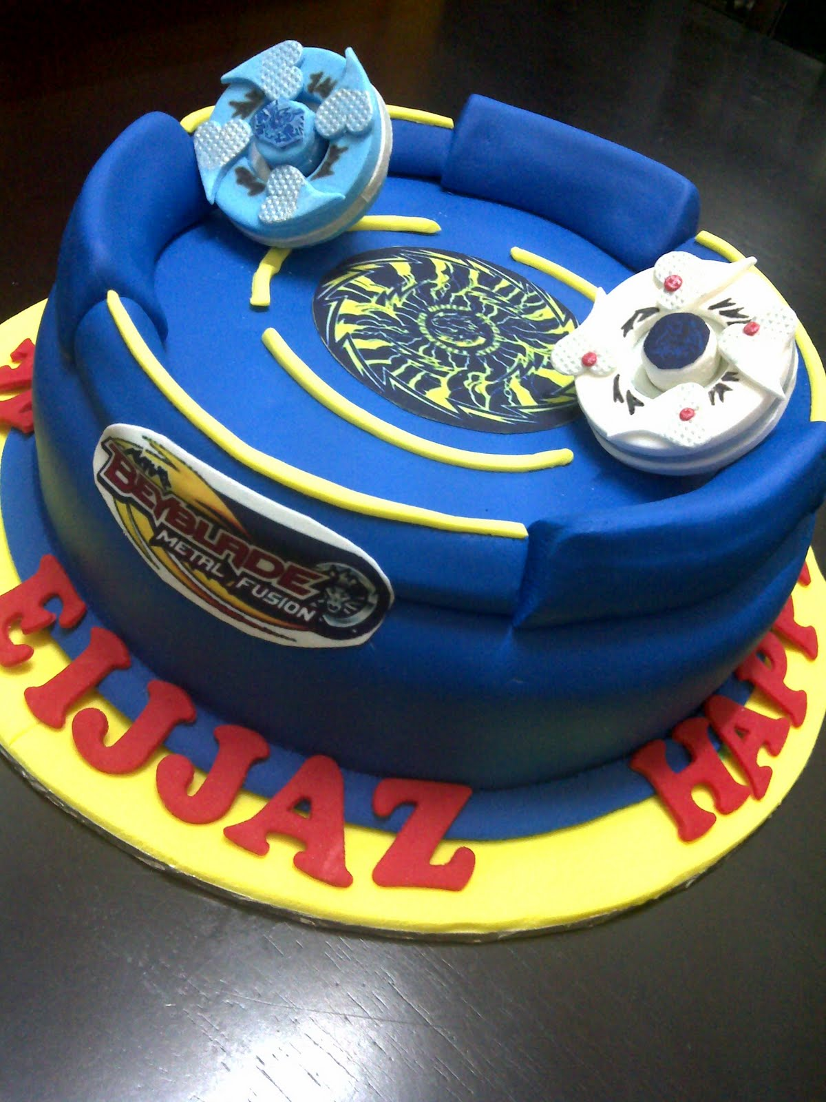 Beyblade Blue And Red Stadium Unique Cake