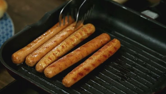 How to Cook Hotdogs