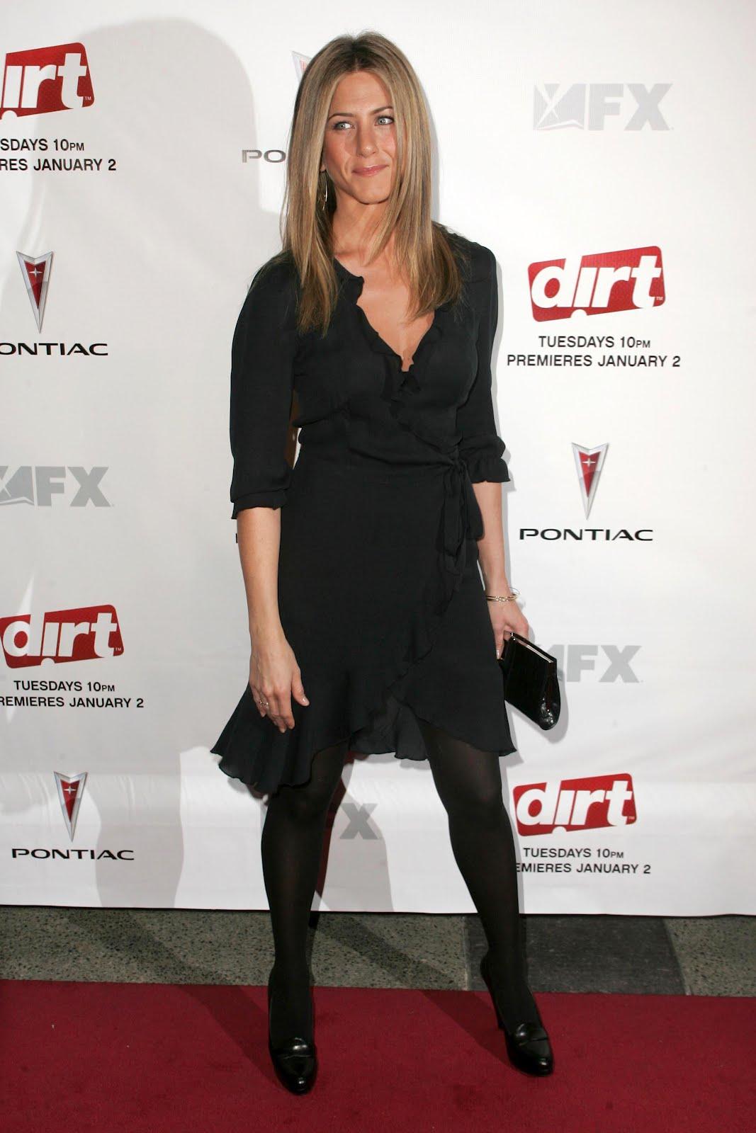 Jennifer Aniston Pantyhose 111