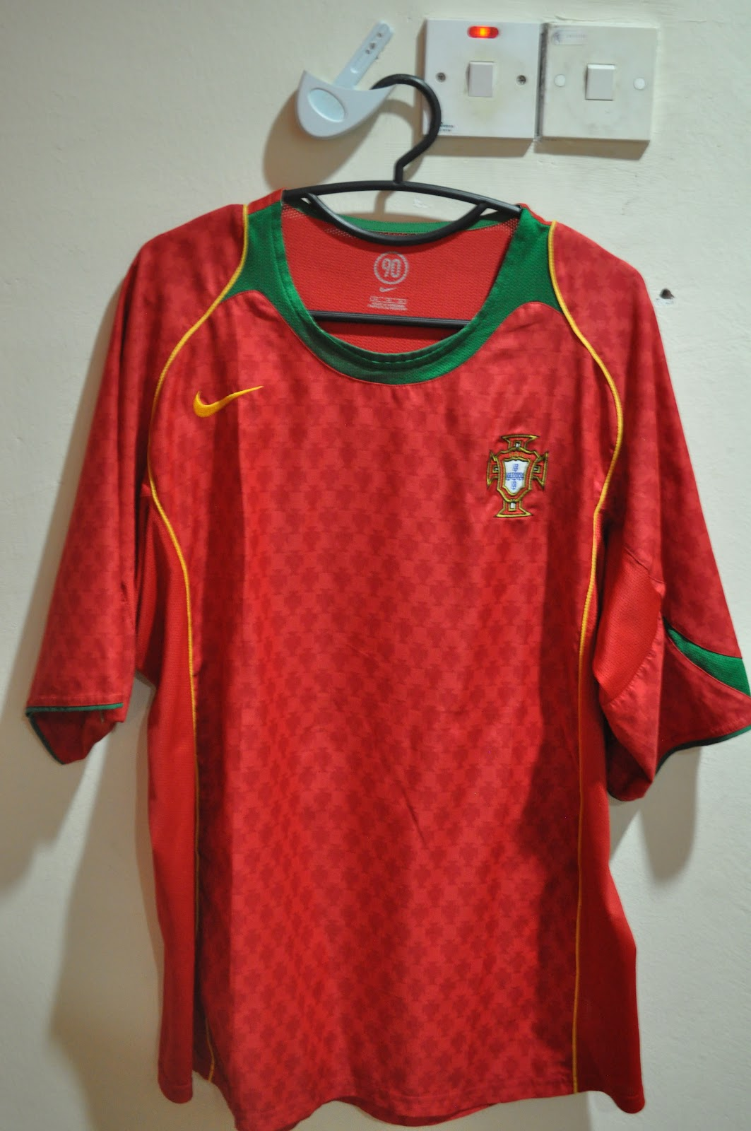 brand new 53953 efafa OLD COLLECTIBLES (ANTIQUES, MEMORABILIA) FOR SALE: PORTUGAL ...