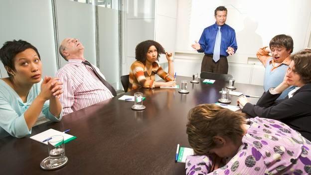 toplantı,meeting, boring meeting, sıkıcı toplantı, toplantıda uyuyanlar