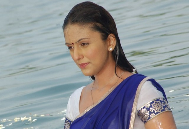 Aarati Chabariya Latest Photos In Blue Saree