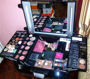 cosmatics l'oreal paris makeup kit