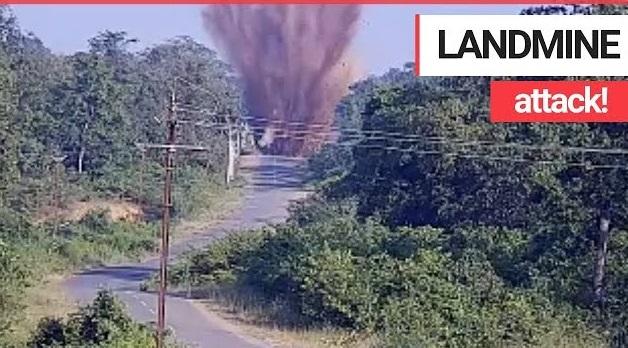 Βίντεο: Όχημα πατά νάρκη και εκρήγνυνται σκοτώνοντας 4 ανθρώπους