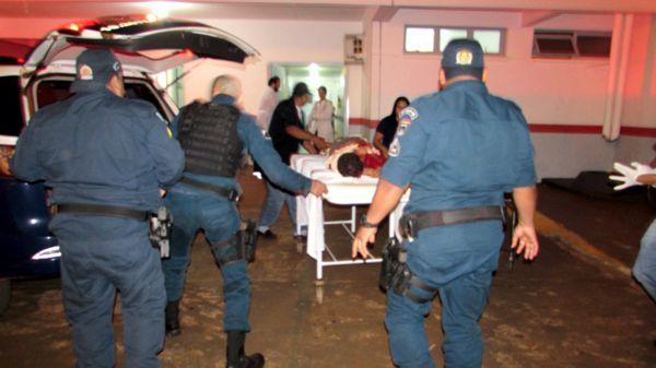 DOIS MORREM EM TROCA DE TIROS COM A POLÍCIA, BALEADOS ERAM ACUSADOS DE DIVERSOS CRIMES - VEJA