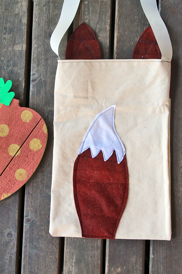 Stitch up a Fox Tote Bag using this tutorial and Pattern by Katie Smith