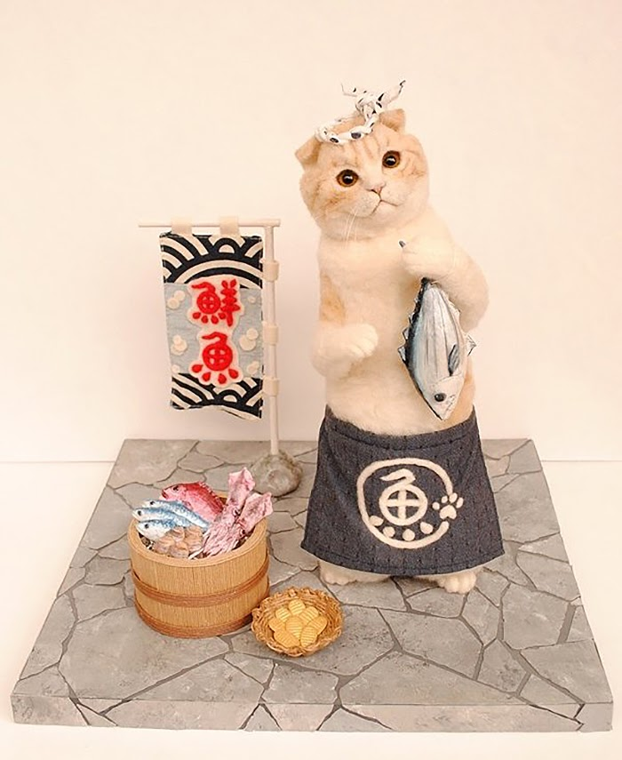 04-Sushi-Cat-Miru-Felting-Wool-Animals-www-designstack-co