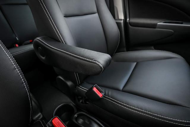 Toyota Etios 2018 Automático - interior